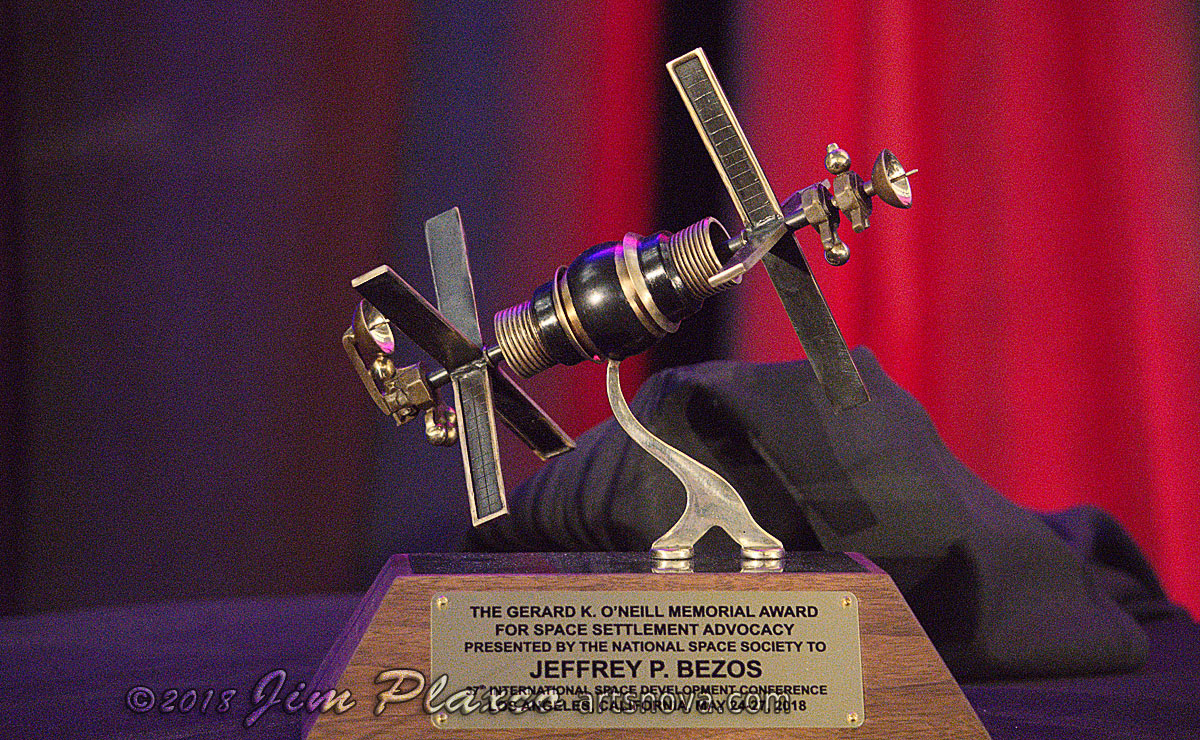 Jeff Bezos NSS Gerard K. O'Neill Award for Space Settlement Advocacy