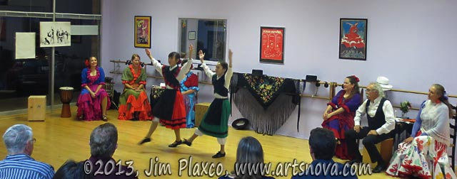 Flamenco Expresivo Dance Ensemble dancing